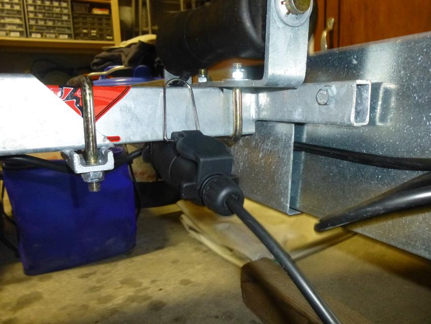 batterie sondeur float tube